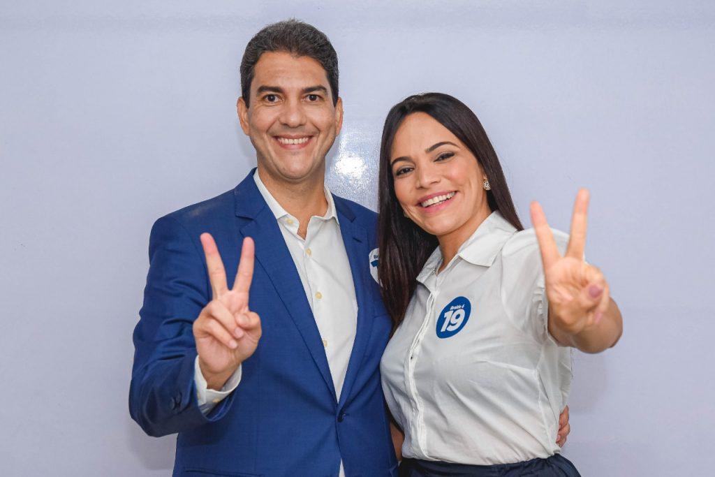 """POSITIVO! - """"Essa eleição é sua"""", diz Braide ao eleitor no debate da Mirante e faz o V da vitória - Hora ExtraHora Extra"""